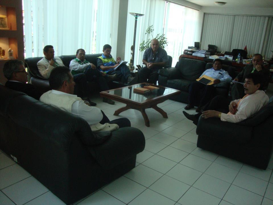 Alcaldes en reunión de Serenazgo sin Fronteras