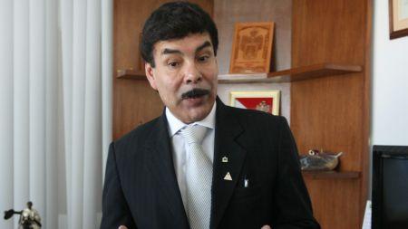 Alcalde provincial, Alfredo Zegarra (foto Trome)