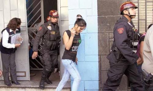 travestis detenidos