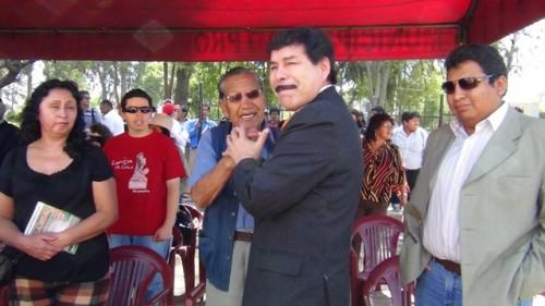 Alcalde Alfredo Zegarra en inicio de obras de reconstrucción de La Isla