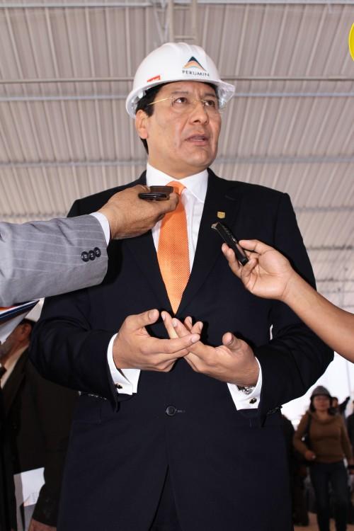 Carlos Paredes, ministro de Transportes (EL Búho)