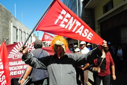 Huelga de trabajadores estatales (2)