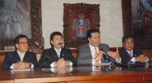 Monorriel circulará por Arequipa a fines del 2016 afirma ministro Carlos Paredes