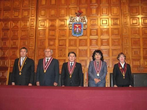 elegirán rector y vicerectores