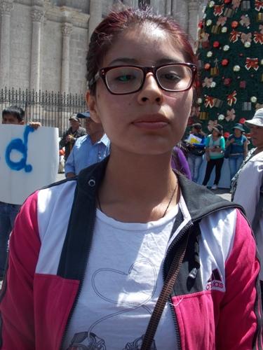 Diana-Llanos-jóvenes- protestan