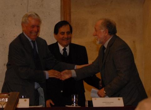 conversatorio conb Luis Peirano