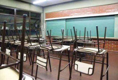 Estudiantes pierden clases