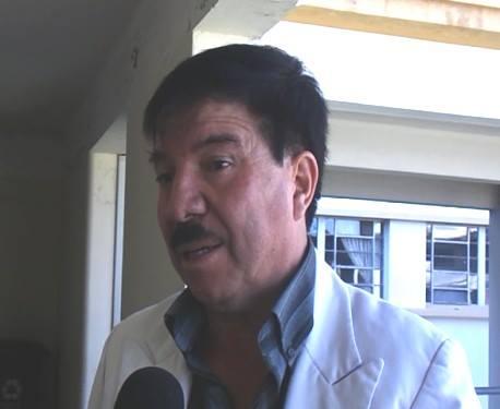Director del hospital regional Honorio Delgado, Dr. Carlos Medina Linares.