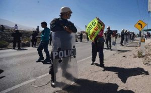 Marchas y bloqueos eventuales en segundo día de paro en todo el sur
