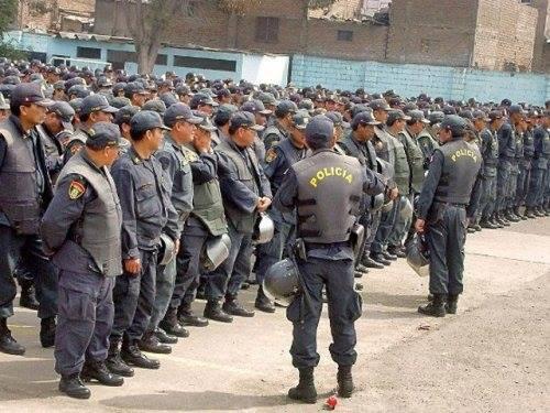policías en Arequipa