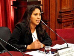 Ana María Solórzano convoca a las autoridades de Arequipa a reunión para tratar Tía María