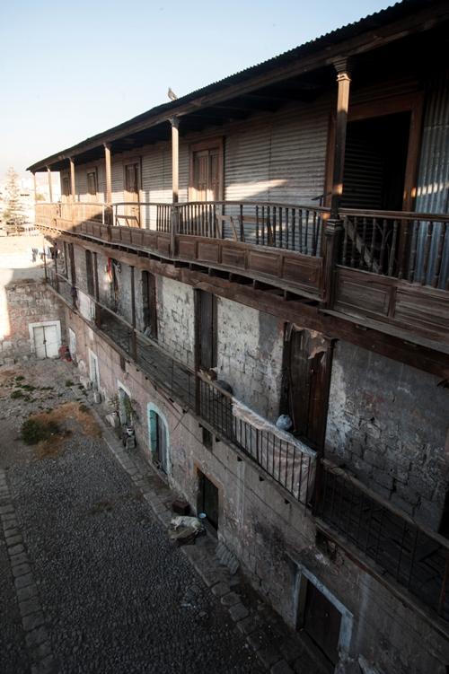 Tres niveles tiene la antigua casona, que corresponden a épocas diferentes de su construcción