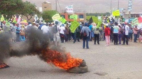 Protestas_Tia_Maria_2015