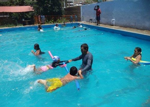 la-natacion-y-el-basquet-son-d-jpg_654x469