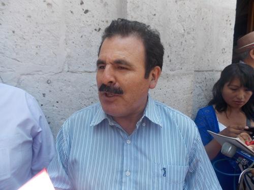 """Congresista por Cajamarca y candidato a la segunda vicepresidencia por """"Democracia Directa"""", Jorge Rimarachín Cabrera"""