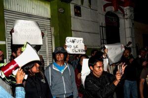 FOTOS. Jóvenes protestaron contra Keiko Fujimori en inauguración de local en Arequipa