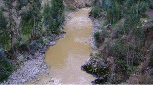 Minera Buenaventura denuncia sabotaje en contaminación de río con relaves en Castilla
