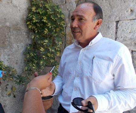 Consejero regional de la Comisión de Salud, Carlos Dongo.