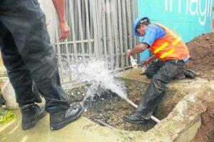 El 30% de las conexiones de agua potable en Arequipa son clandestinas