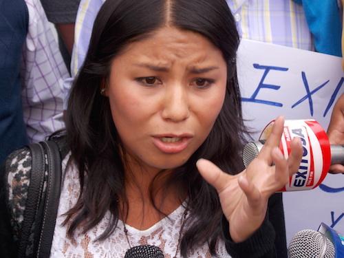 Indignada Jeaneth Quispe se hizo respetar