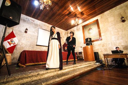 Elenco de teatro de la Universidad San Pablo brindó un emotivo acto