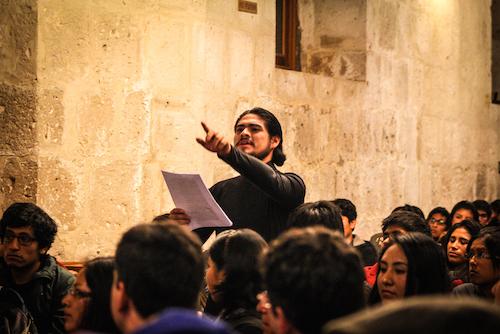 Performance Monólogos de Shakespeare por un actor desconocido a cargo del creador escénico Pedro Adolfo Herrera Solórzano