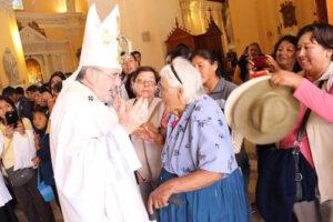 Arzobispo nuevamente utiliza la homilía para expresar opiniones políticas sobre código penal