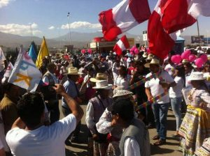 VIDEO. Reciben con baile del Wititi a PPK en el aeropuerto de Arequipa