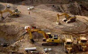 Dirigentes de Castilla acuerdan pedir que minera Zafranal detenga actividad extractiva
