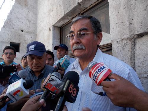 Presidente del Frente de Defensa, Francisco Vera.