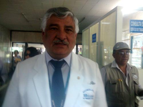 Gerente de Essalud, Fernando Farfán Delgado.