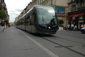 Cada vez toma más fuerza la posible inclusión del tren ligero en segunda etapa del SIT