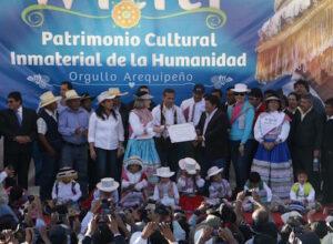 VIDEO. Entregaron reconocimiento mundial a Wititi en Yanque en medio de danzas