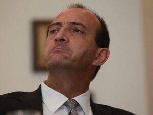 Proética denuncia a congresista Eguren por presentar proyecto de ley para favorecer a un amigo