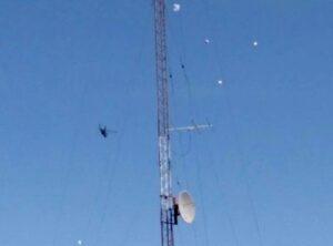 Cuestionan manera de informar sobre simulacro de sismo lanzando 24 mil volantes desde el aire