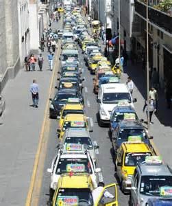 Protestas rodantes solicitando ampliación del Setare anuncian 12 mil taxistas