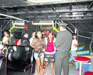 Policía Nacional intervino 14 prostíbulos en la Variante de Uchumayo