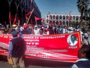 VIDEO. Trabajadores de Construcción Civil marcharon para exigir aumento de salarios