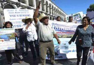Pobladores rechazan apoyo de su alcalde para construcción de hidroeléctrica Laguna Azul en Castilla