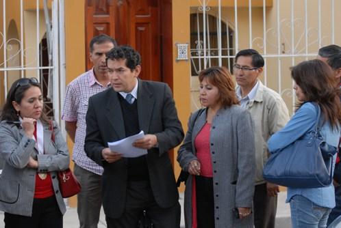 La fiscal Paola Venegas y un conjunto de 15 personas participaron en el operativo en el domicilio de la funcionaria del GRA, Rosalía Escobar, donde se guardaba bienes de la región