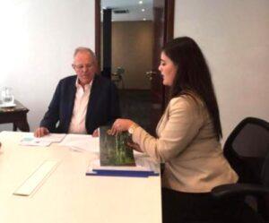Gobernadora se reunió con Pedro Pablo Kuczynski y próximo ministro de Agricultura