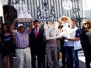FOTOS. Ganadores de concurso Tallado en Sillar, Fierro Forjado y Repujado en Cobre