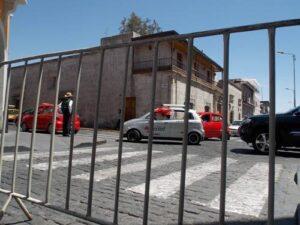 Taxistas de Arequipa pedirán a ministro Vizcarra decreto para no salir de circulación