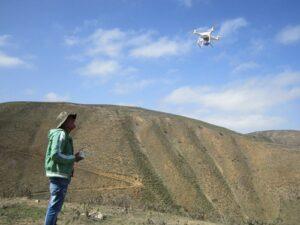 Monitorean biodiversidad y cambio climático en bosques de queñua con dron