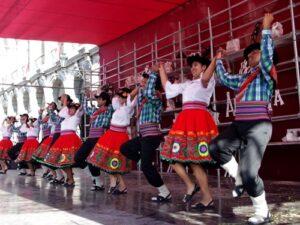 FOTOS. Premiaron a ganadores del Concurso Regional de Danzas Folclóricas