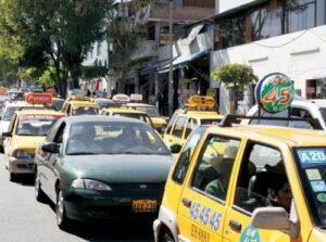 Doce mil taxistas continuarán circulando por 60 días más mientras regularizan su situación