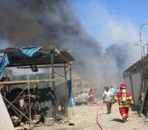Humareda de incendio en el Parque Industrial se visualizó en varios sectores de Arequipa
