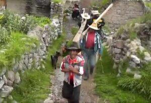 Alcalde de Chichas solicita apoyo de Gobierno Regional para construir carretera