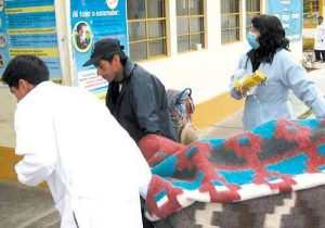 Dos adolescentes asesinan a su padrastro y dejan herida a su madre en Socabaya