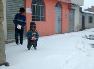 Senamhi recomienda continuar horario de invierno en centros educativos por bajas temperaturas